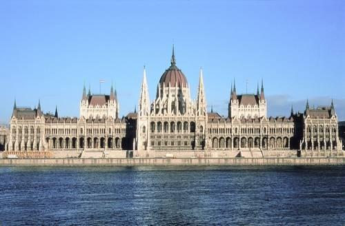 Rezerwacja tanich noclegów w Budapeszcie